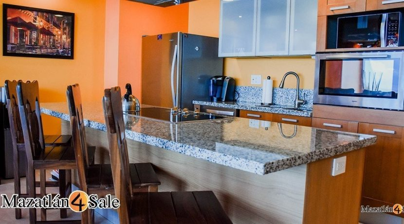 Mazatlan-4 bedrooms in Peninsula Condo- For Sale-8