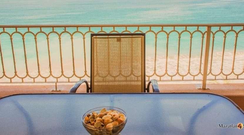 Mazatlan-3 bedrooms in Paraiso I Condo-For Sale-15