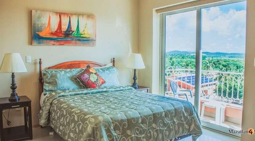 Mazatlan-3 bedrooms in Paraiso I Condo-For Sale-8