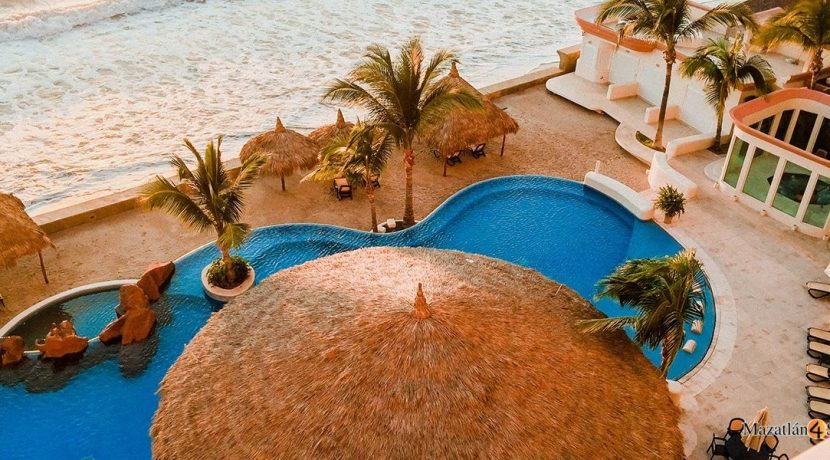 Mazatlan-3 bedrooms in Paraiso I Condo-For Sale- 1