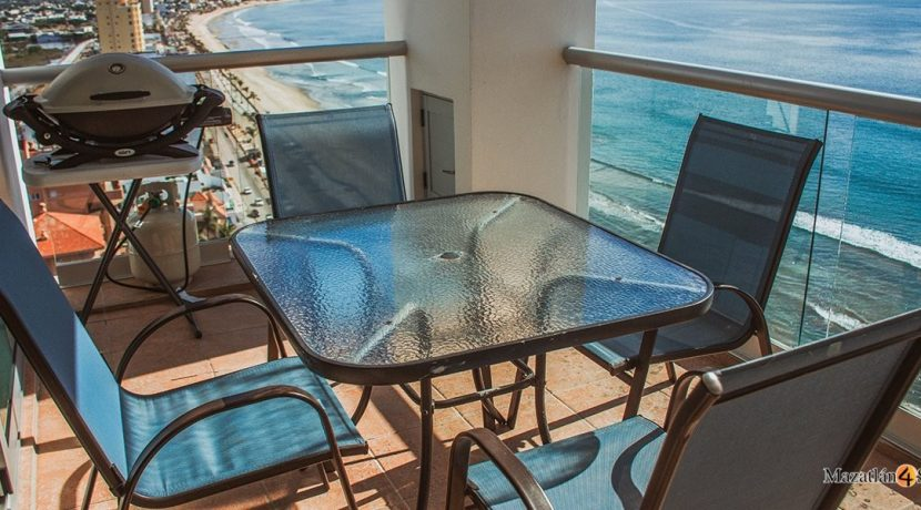 Mazatlan-3 bedrooms in Horizon-Sky-Condo-For-Sale-10