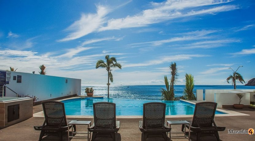 Mazatlan-3 bedrooms in Horizon-Sky-Condo For-Sale-13