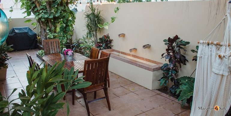 Mazatlan-Real-Estate-3 bedrooms in Playa Linda House For Sale-10