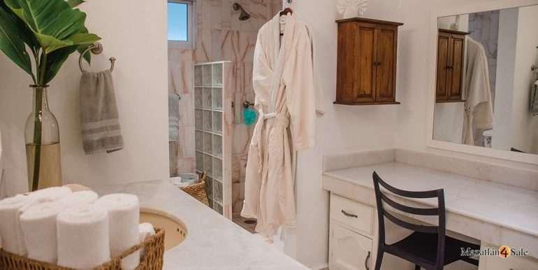 Mazatlan-Real-Estate-3 bedrooms in Playa Linda House For Sale-23