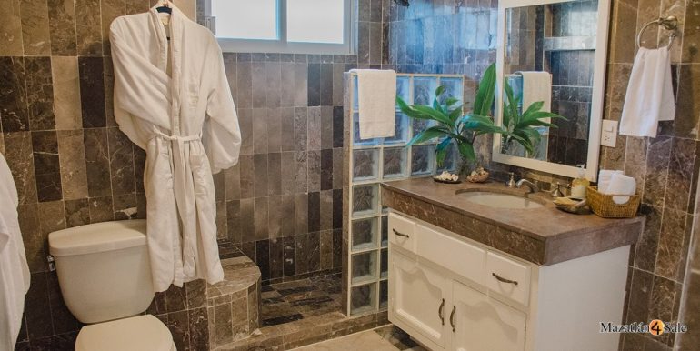 Mazatlan-Real-Estate-3 bedrooms in Playa Linda House For Sale-39