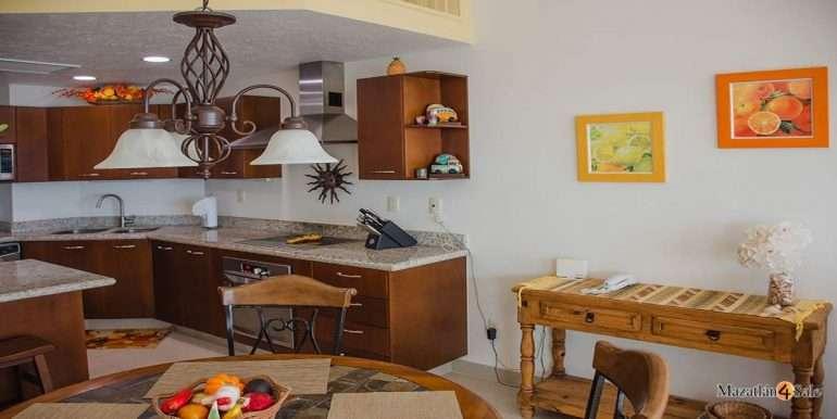 Mazatlan-2 bedrooms in Paraiso-I-Condo-For-Sale-12