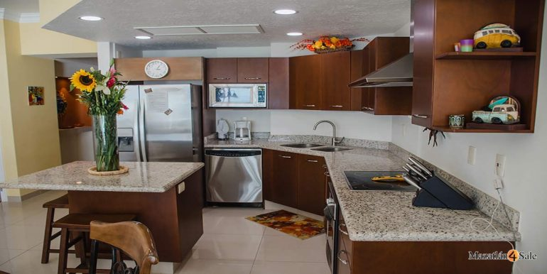Mazatlan-2 bedrooms in Paraiso-I-Condo-For-Sale-31