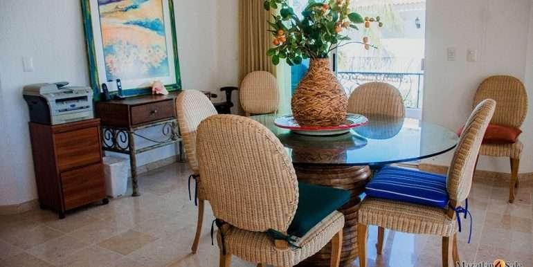 Mazatlan 2 bedrooms in Beachfront Home For Sale  (21)