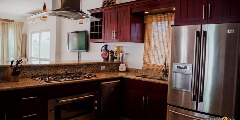 Mazatlan  2 bedrooms in Beachfront Home For Sale (28)
