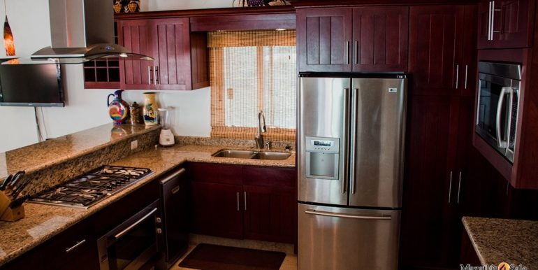 Mazatlan  2 bedrooms in Beachfront Home For Sale (31)