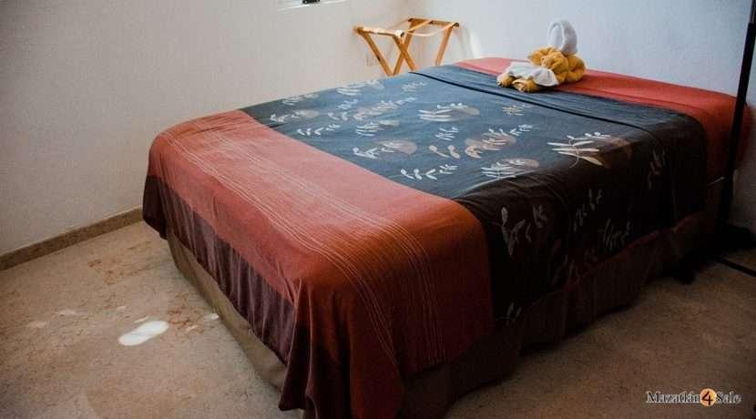 Mazatlan  2 bedrooms in Beachfront Home For Sale (34)