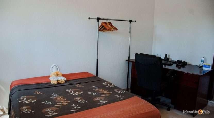 Mazatlan  2 bedrooms in Beachfront Home For Sale (35)