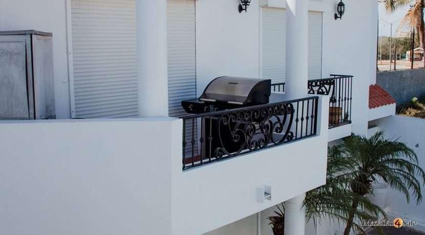 Mazatlan 2 bedrooms in Beachfront Home For Sale (53)