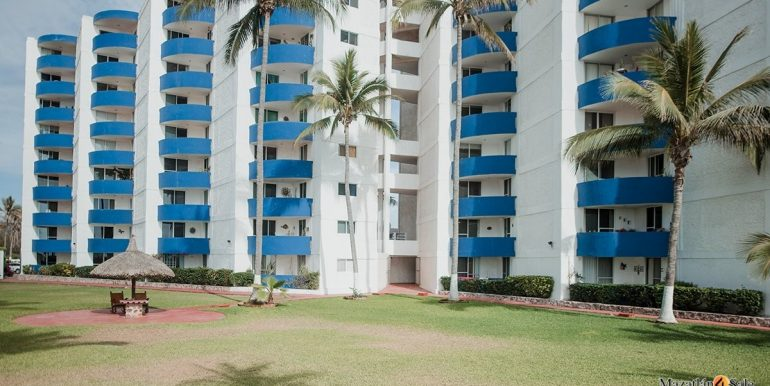 Mazatlan 1 bedroom in La Marina Tenis and Yacht Club Condo For Sale 12