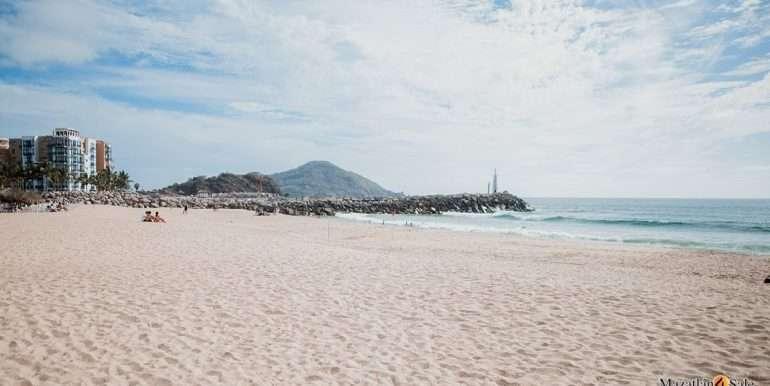 Mazatlan 1 bedroom in La Marina Tenis and Yacht Club Condo For Sale 13