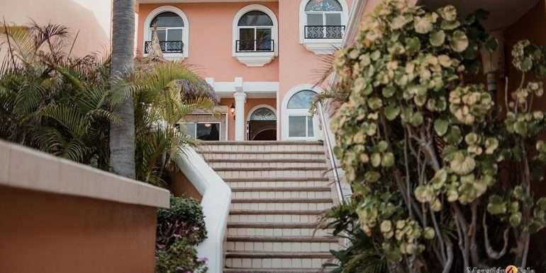 Mazatlan-2 bedrooms in Playa Linda-OceanFront-For Sale-Mazatlan4Sale-13