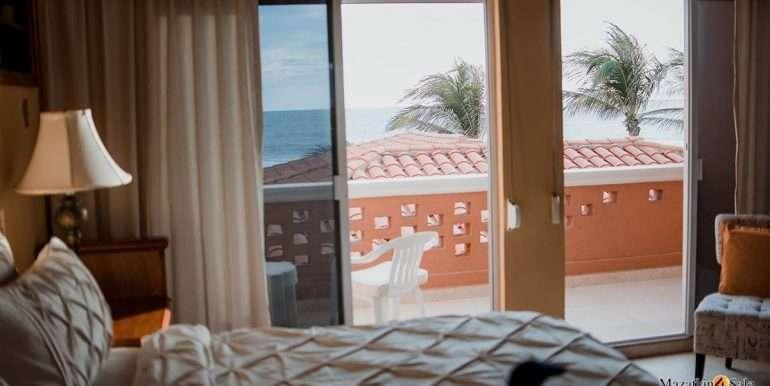 Mazatlan - 2 bedrooms in Linda-OceanFront-For Sale-Mazatlan4Sale-16