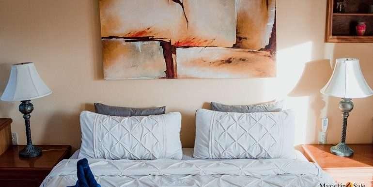 Mazatlan - 2 bedrooms in Playa Linda-OceanFront-For Sale-Mazatlan4Sale-19