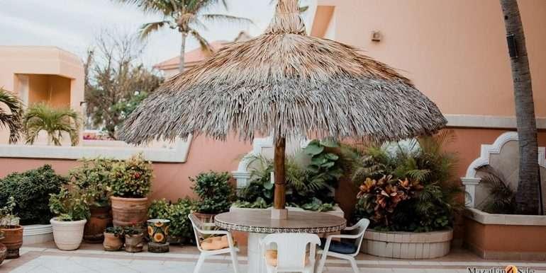 Mazatlan - 2 bedrooms in Playa Linda-OceanFront-For Sale-Mazatlan4Sale-29