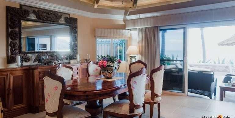Mazatlan - 2 bedrooms in Playa Linda-OceanFront-For Sale-Mazatlan4Sale-3