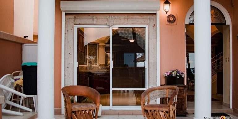 Mazatlan - 2 bedrooms in Playa Linda-OceanFront-For Sale-Mazatlan4Sale-31