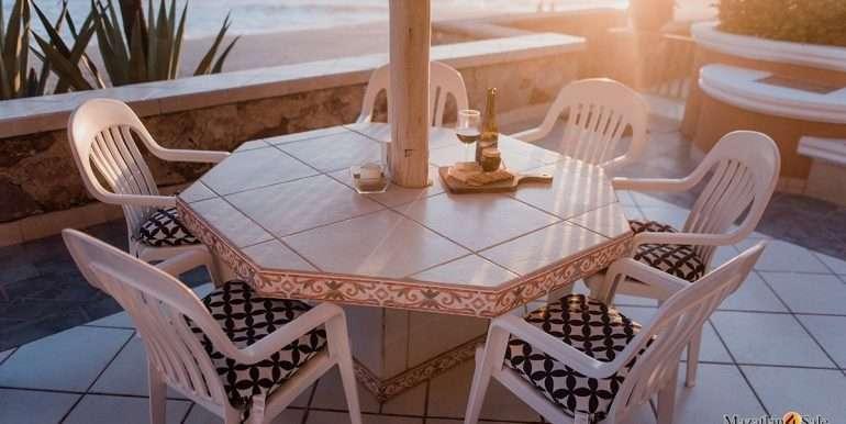 Mazatlan- 2 bedrooms in Playa Linda-OceanFront-For Sale-Mazatlan4Sale-35