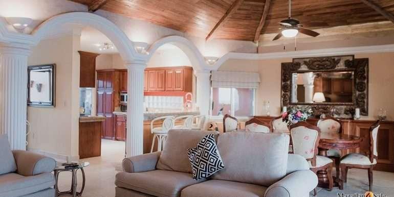 Mazatlan- 2 bedrooms in Playa Linda-OceanFront-For Sale-Mazatlan4Sale-45