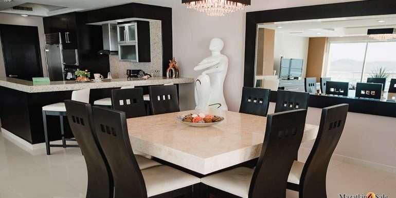 Mazatlan-2 bedrooms in Solaria-Penthouse For Sale-Mazatlan4Sale -6
