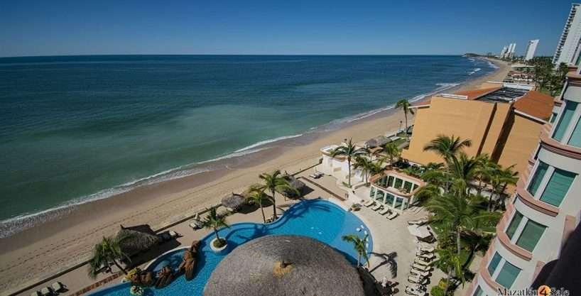 Mazatlan Beachfront Paraiso I Condo
