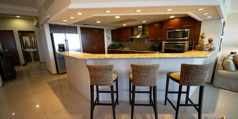 Mazatlan Parasio I Condo For Sale (9)