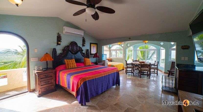 Mazatlan Oceanfront Homes For Sale (17)