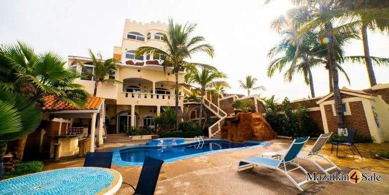 Mazatlan Oceanfront Homes For Sale (21)