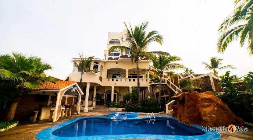 Mazatlan Oceanfront Homes For Sale (22)