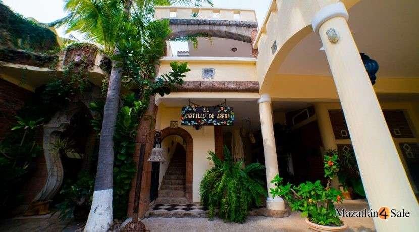 Mazatlan Oceanfront Homes For Sale (23)