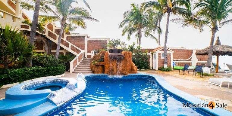 Mazatlan Oceanfront Homes For Sale (24)
