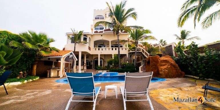 Mazatlan Oceanfront Homes For Sale (25)