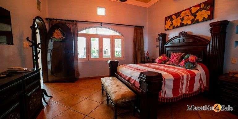 Mazatlan Oceanfront Homes For Sale (8)