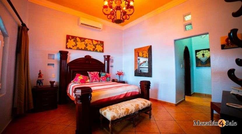Mazatlan Oceanfront Homes For Sale (9)