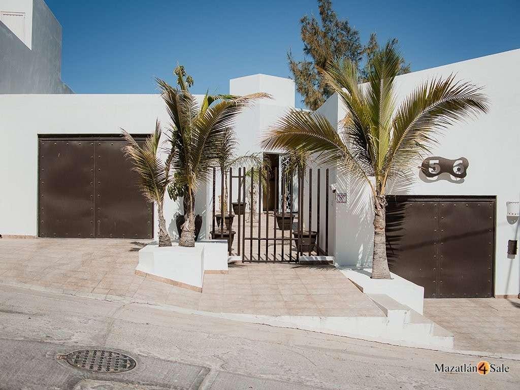 Mazatlan Oceanfront Estate Vista Hermosa