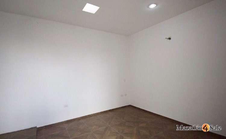 20EB-GP6712 . guess bed 1 wall